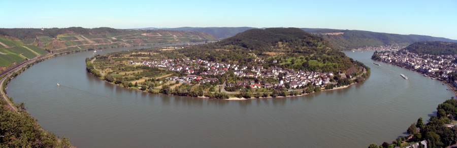 Great bow in the Rhine at Boppard. Source: Wikimedia Commons.